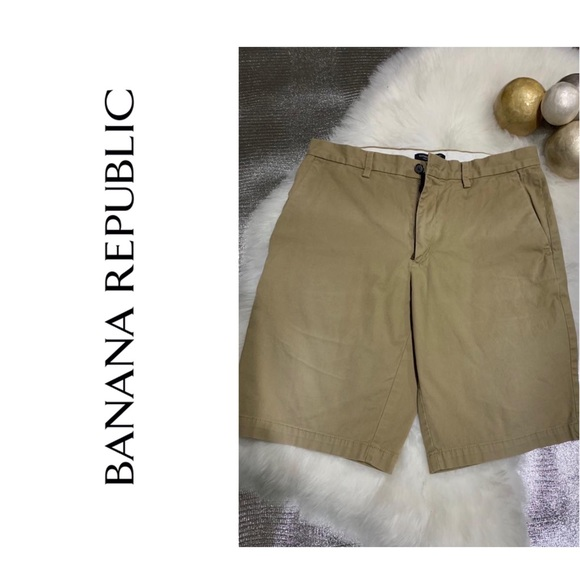 Banana Republic Other - BANANA REPUBLIC Emerson shorts size 32